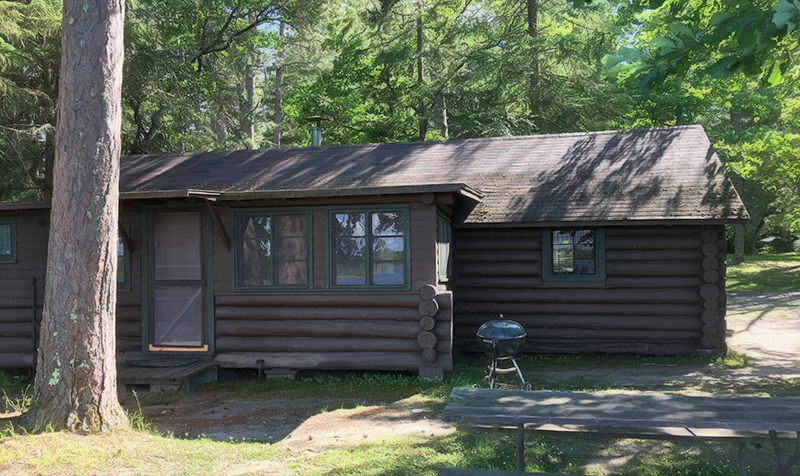 Pine Grove Lodge Cabin 2